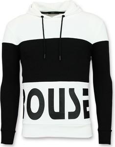 Czarna bluza ENOS w młodzieżowym stylu