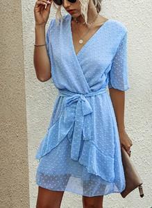 Niebieska sukienka Sandbella mini z dekoltem w kształcie litery v