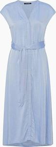 Niebieska sukienka ORSAY z dekoltem w kształcie litery v z krótkim rękawem rozkloszowana