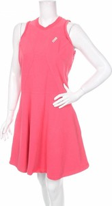Różowa sukienka Carven
