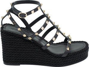 Czarne sandały Valentino