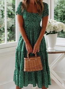 Sukienka Cikelly z krótkim rękawem w stylu casual z okrągłym dekoltem