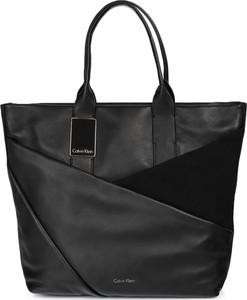 Czarna torebka Calvin Klein duża na ramię