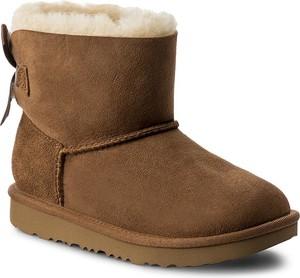 Brązowe buty dziecięce zimowe ugg australia bez wzorów