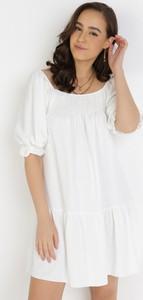 Sukienka born2be z krótkim rękawem oversize w stylu casual