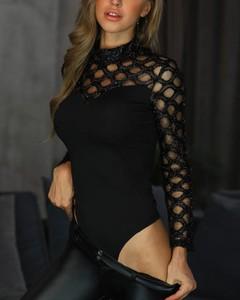 Czarna bluzka Kendallme z długim rękawem z okrągłym dekoltem