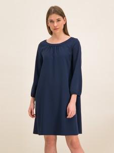 Sukienka iBlues w stylu casual z okrągłym dekoltem