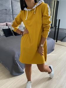 Żółta sukienka ModnaKiecka.pl mini z długim rękawem