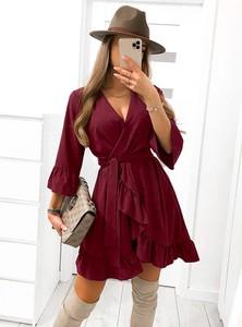 Czerwona sukienka Pakuten kopertowa z długim rękawem