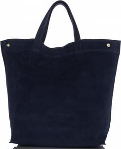 Granatowa torebka Vera Pelle duża w stylu casual do ręki