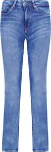 Jeansy Pepe Jeans w street stylu
