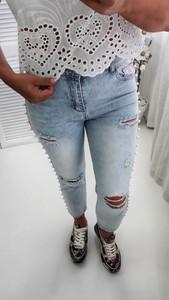 Niebieskie jeansy yourboutique.pl z zamszu