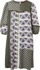 Sukienka S.Oliver z długim rękawem prosta z okrągłym dekoltem