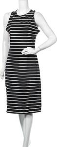 Czarna sukienka A New Day midi prosta bez rękawów