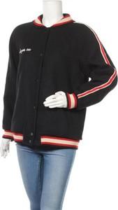 Czarna kurtka Zara Trafaluc w stylu casual