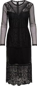 Czarna sukienka Only z długim rękawem