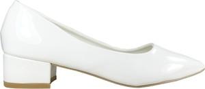 Czółenka Kokietki ze spiczastym noskiem