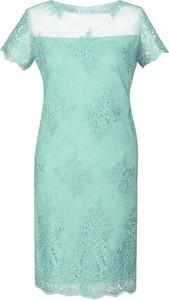 Miętowa sukienka Fokus ołówkowa midi z okrągłym dekoltem