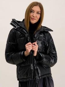 Czarna kurtka Emporio Armani w stylu casual krótka