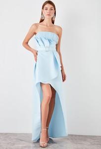 Sukienka Trendyol asymetryczna bez rękawów maxi