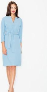 Niebieska sukienka Figl