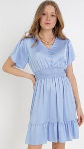 Niebieska sukienka born2be w stylu casual
