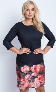 Czarna sukienka Royalfashion.pl z długim rękawem w stylu casual z okrągłym dekoltem