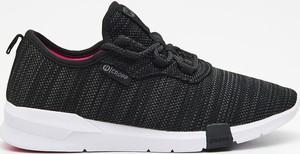 Czarne buty sportowe Cropp z płaską podeszwą
