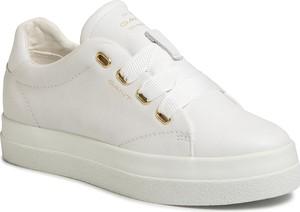 Sneakersy Gant sznurowane na platformie