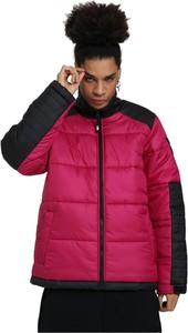 Czerwona kurtka The North Face w stylu casual