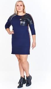 Sukienka Fokus w sportowym stylu z długim rękawem