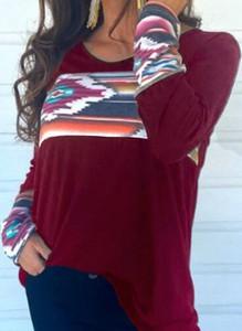 Czerwona bluzka Cikelly w geometryczne wzory z długim rękawem w stylu casual