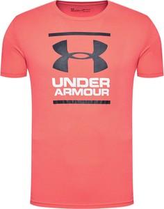 Czerwony t-shirt Under Armour w sportowym stylu
