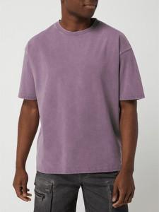 Fioletowy t-shirt Tigha w stylu casual