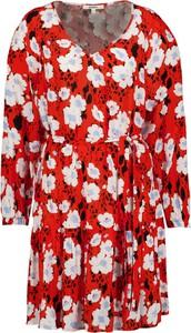 Sukienka Garcia z dekoltem w kształcie litery v mini
