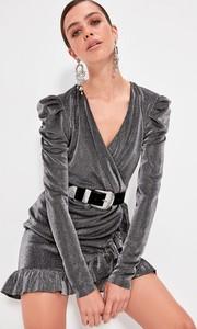 Sukienka Trendyol mini z dekoltem w kształcie litery v z długim rękawem