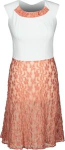 Sukienka Fokus w stylu casual z okrągłym dekoltem rozkloszowana
