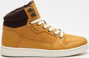Cropp - Wysokie sneakersy - Żółty