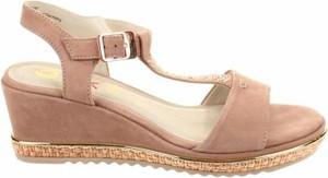 Brązowe sandały Be Natural z klamrami