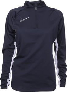 Bluza Nike w sportowym stylu krótka