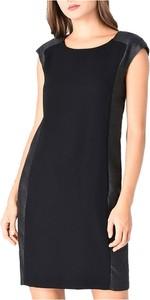 Czarna sukienka Armani Jeans mini z okrągłym dekoltem