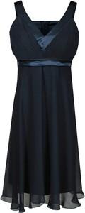 Sukienka Fokus rozkloszowana z dekoltem w kształcie litery v z szyfonu
