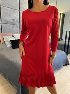 Czerwona sukienka ModnaKiecka.pl z długim rękawem