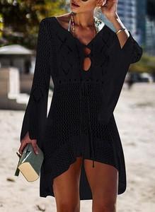 Czarna sukienka Cikelly z dekoltem w kształcie litery v z długim rękawem w stylu boho