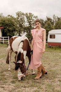 Sukienka Far Far Łódź w stylu casual z tkaniny maxi