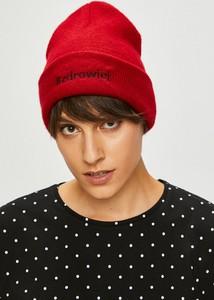 Czerwona czapka Medicine