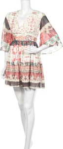 Sukienka Urban Touch z długim rękawem