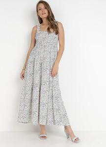 Sukienka born2be z dekoltem w kształcie litery v trapezowa na ramiączkach