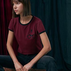 T-shirt Sinsay w stylu casual