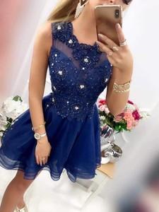 Niebieska sukienka Magneticsklep z okrągłym dekoltem mini